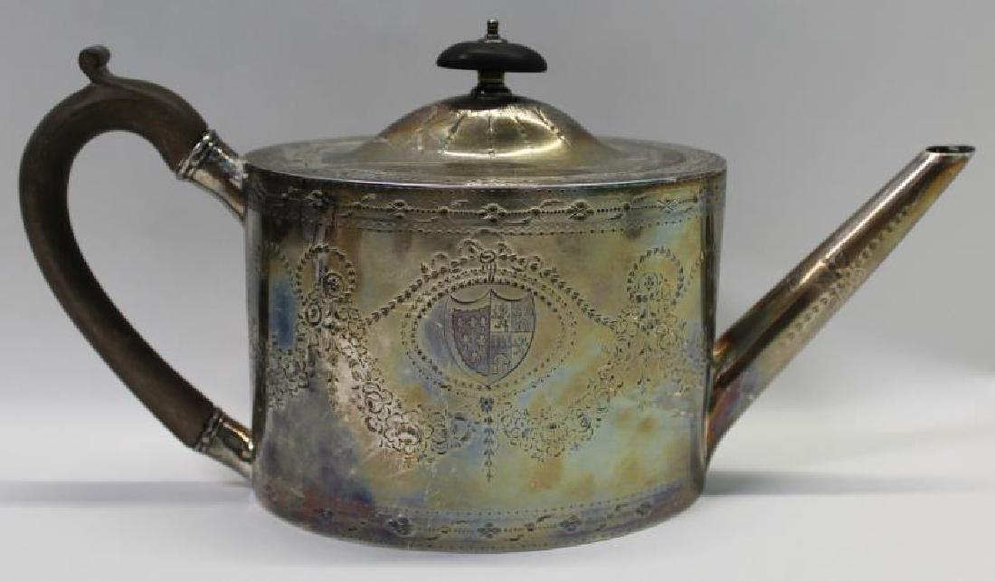 SILVER. George IV English Silver Teapot. - 4
