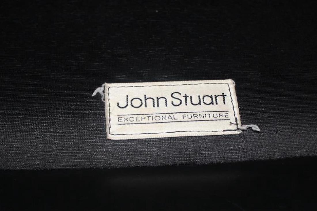 Pair of John Stuart Leather Lounge Chairs. - 4