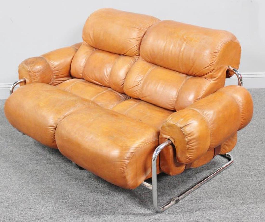 Midcentury 1970s Mariani Leather and Chrome Sofa. - 2