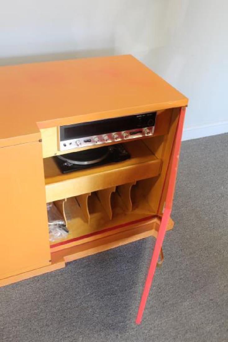 Midcentury Tommi Parzinger Sideboard Cabinet. - 5