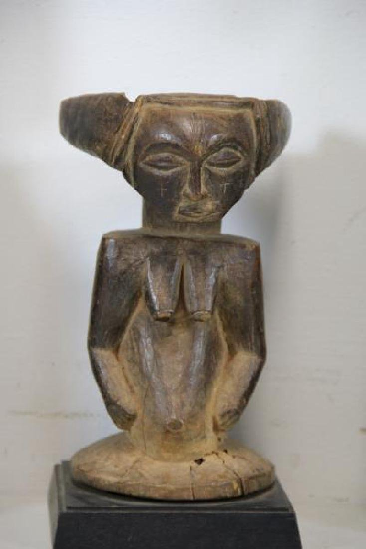 3 Antique Carved Tribal / African Figures. - 5