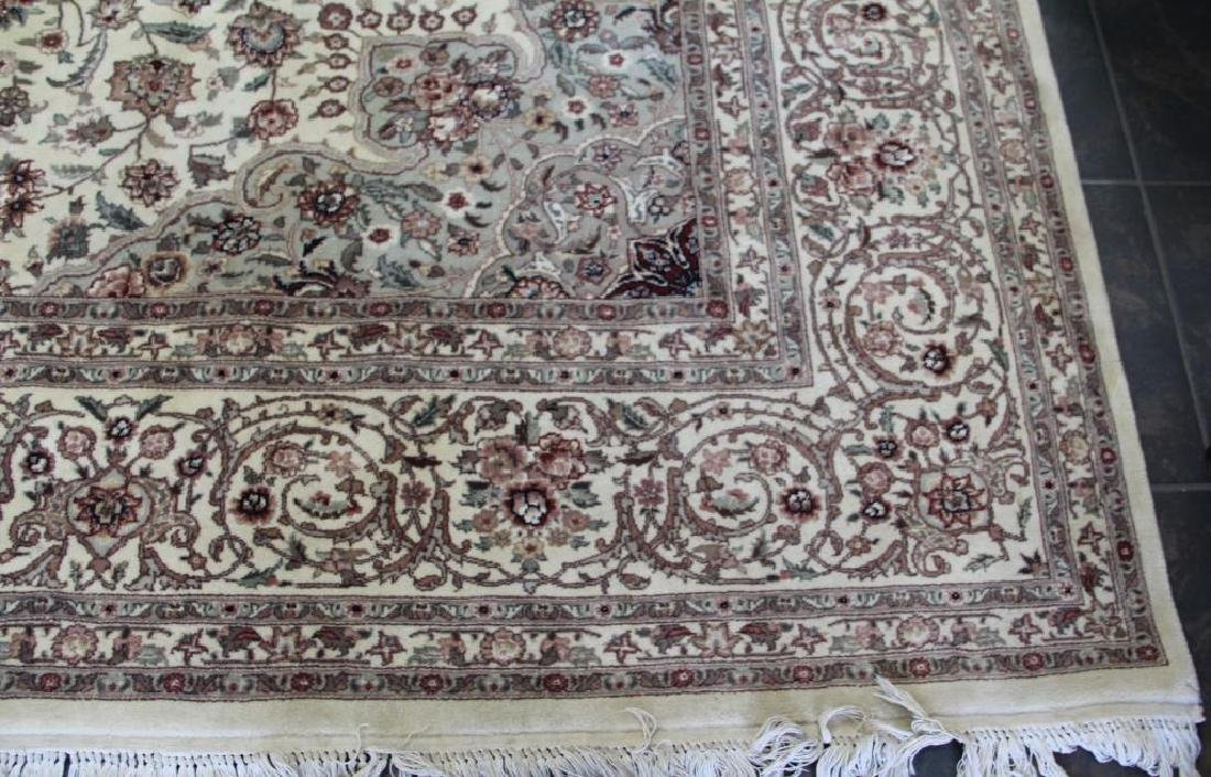 Finely Woven Vintage Handmade Roomsize - 2