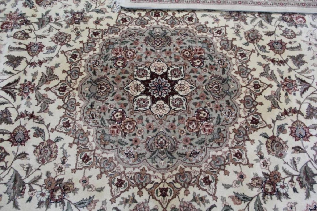Finely Woven Vintage Handmade Roomsize - 3