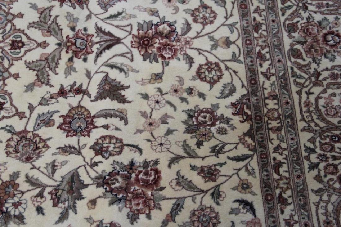 Finely Woven Vintage Handmade Roomsize - 6