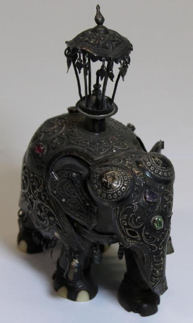 SILVER. Indian/Mughal Style Objets d'Art. - 3