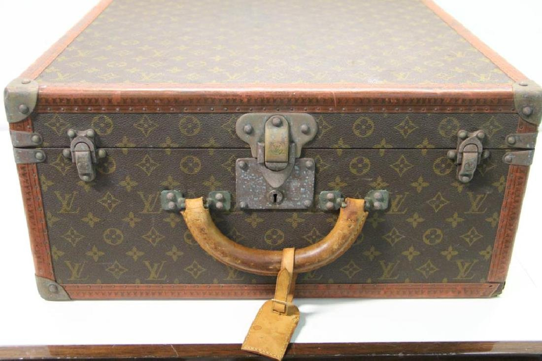 Vintage Louis Vuitton Suitcase. - 7