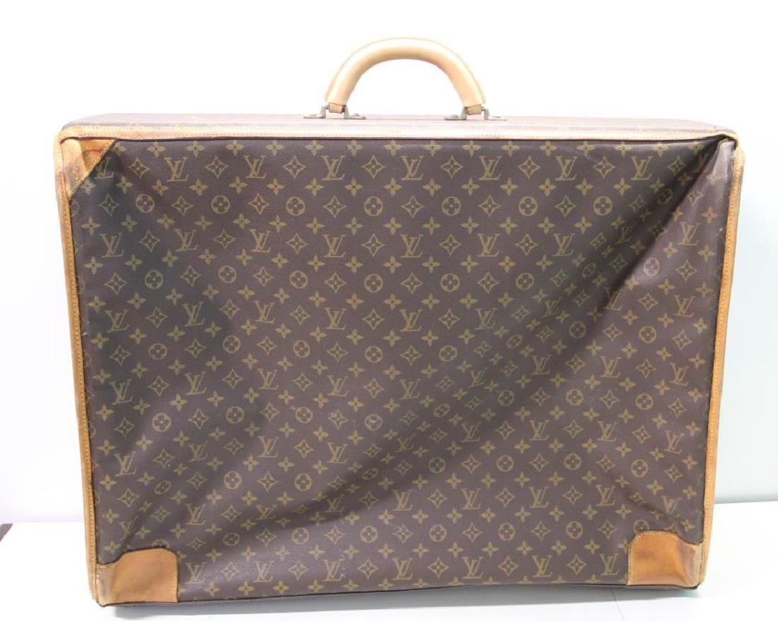 2 Vintage Louis Vuitton Soft Suitcases. - 4