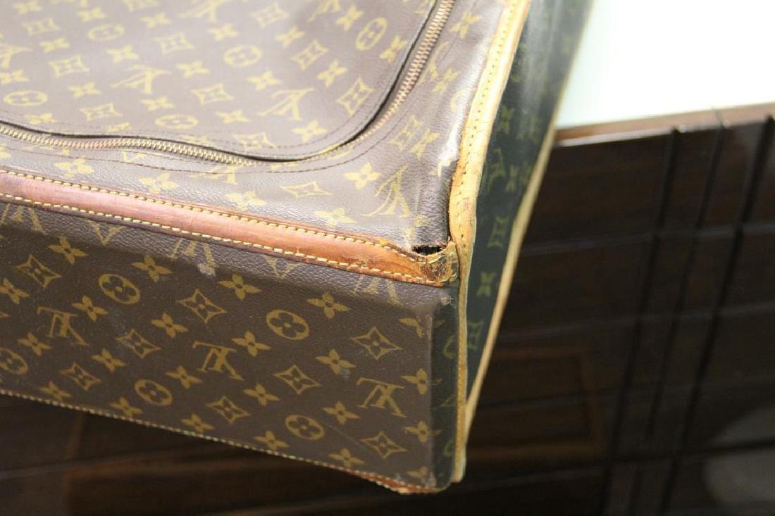 2 Vintage Louis Vuitton Soft Suitcases. - 5