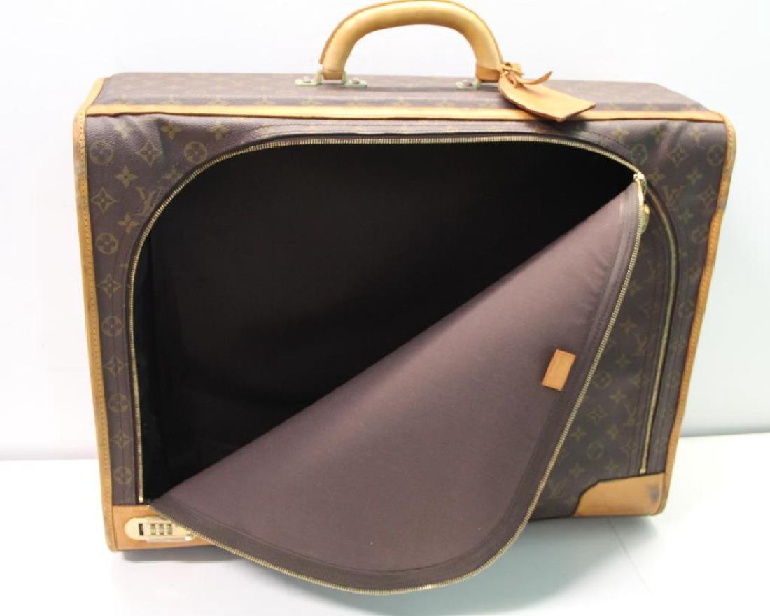 2 Vintage Louis Vuitton Soft Suitcases. - 7