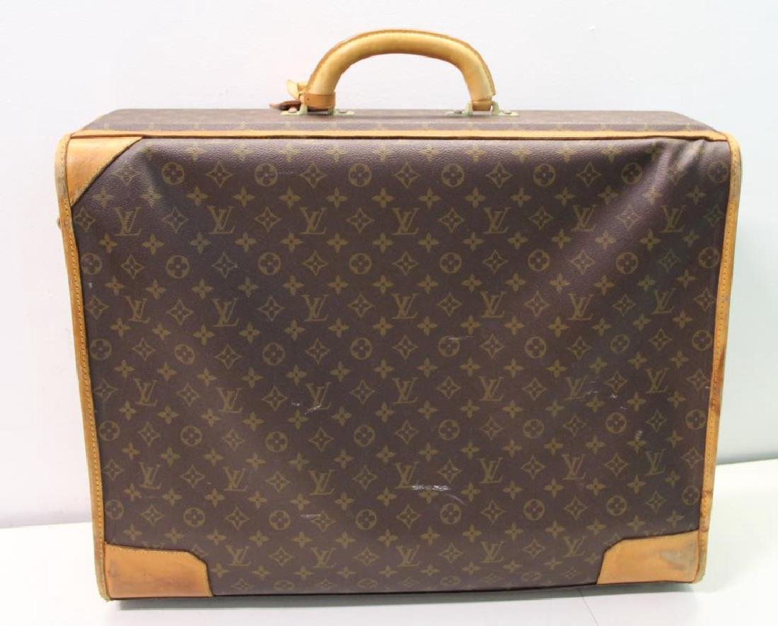 2 Vintage Louis Vuitton Soft Suitcases. - 8