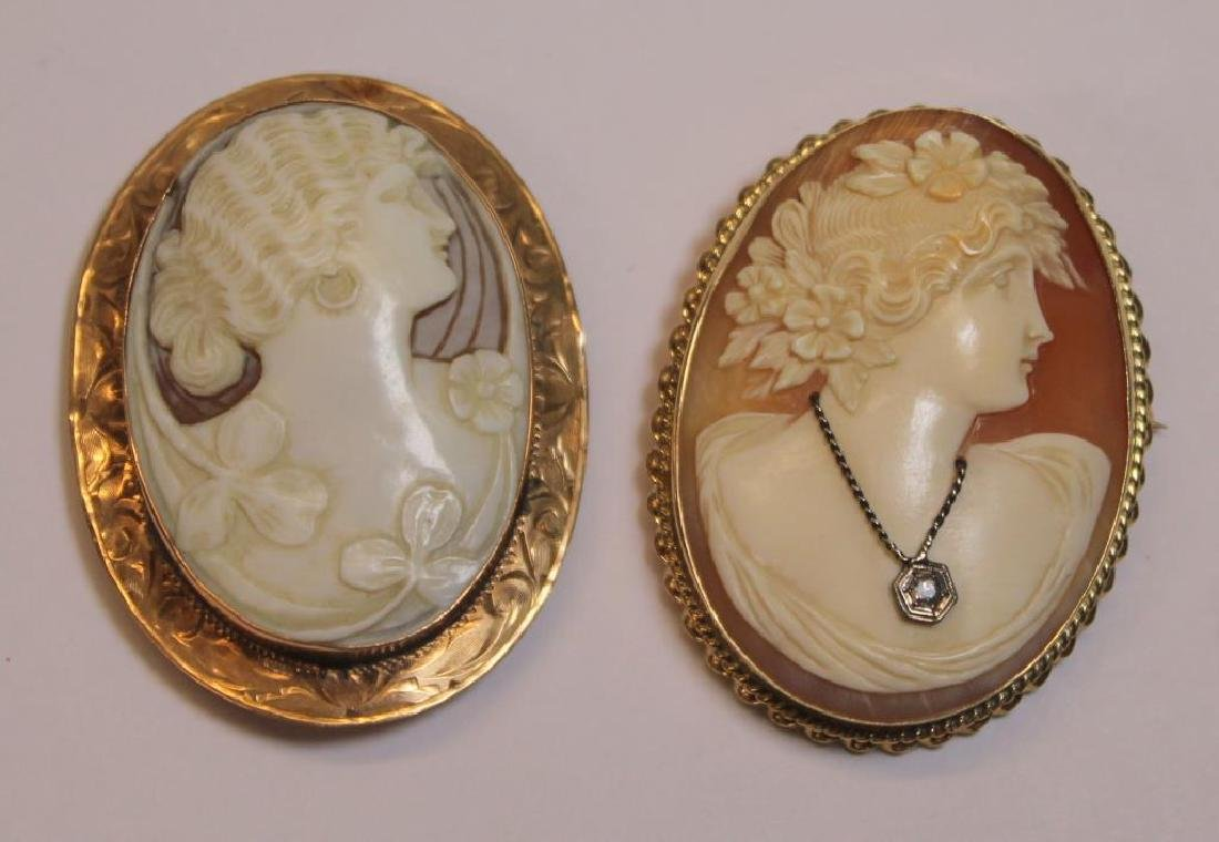 JEWELRY. Assorted Grouping of Pearls and Cameos. - 2
