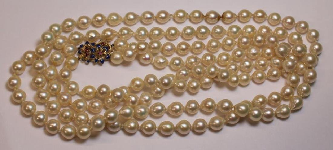 JEWELRY. Assorted Grouping of Pearls and Cameos. - 5