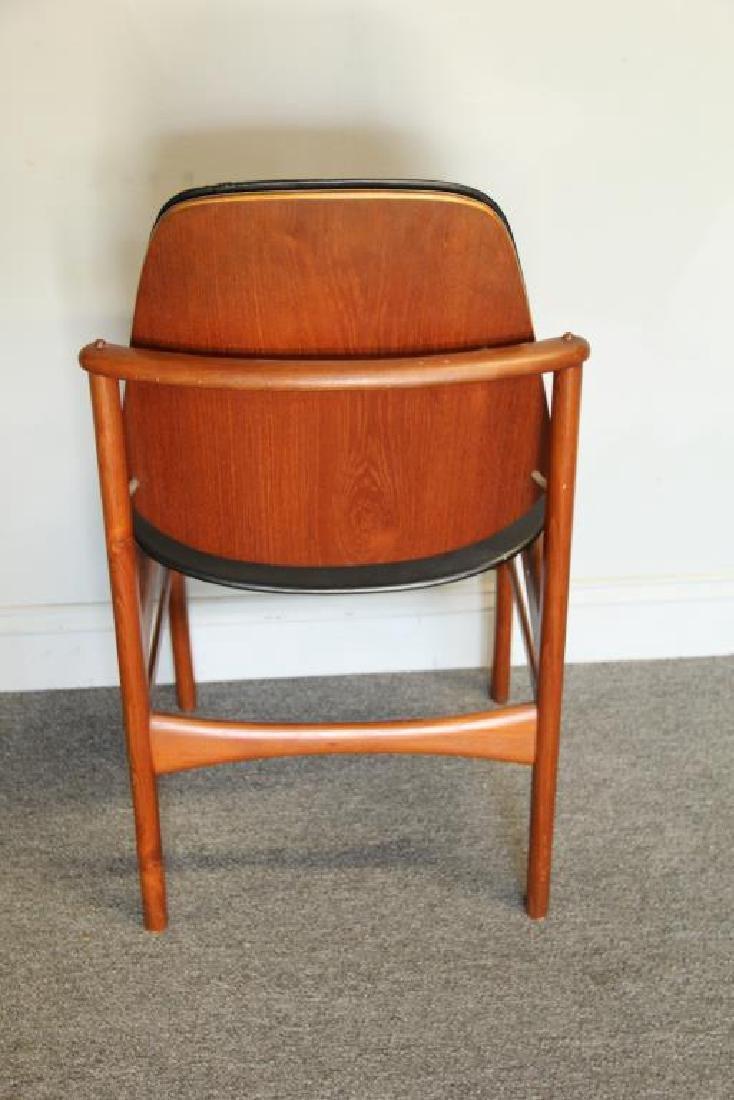Danish Arne Vodder Teak Desk with Desk Chair. - 8