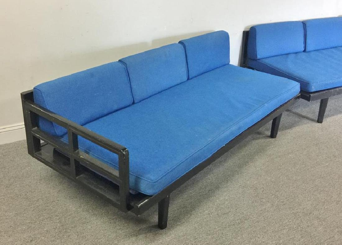 Midcentury Pearsall Style 2-Piece Daybed. - 2