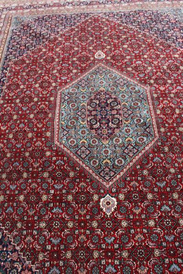 Fine Quality Vintage Handmade Roomsize Carpet. - 2