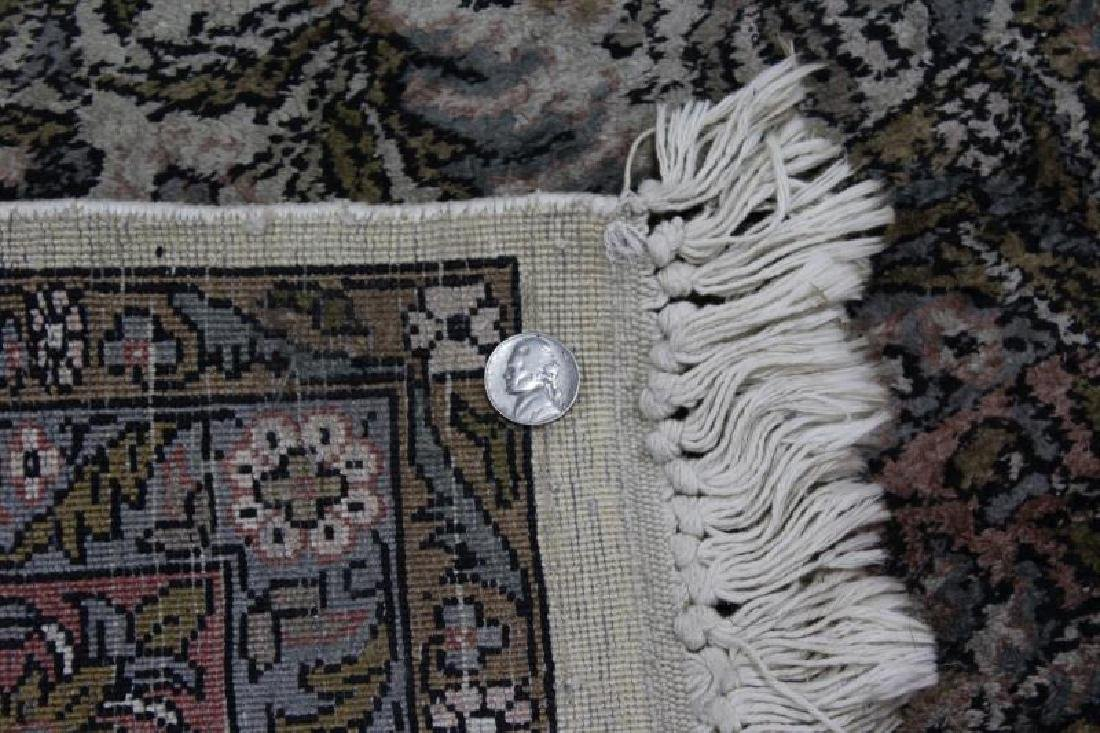 Vintage Finely Woven Handmade Carpet. - 4