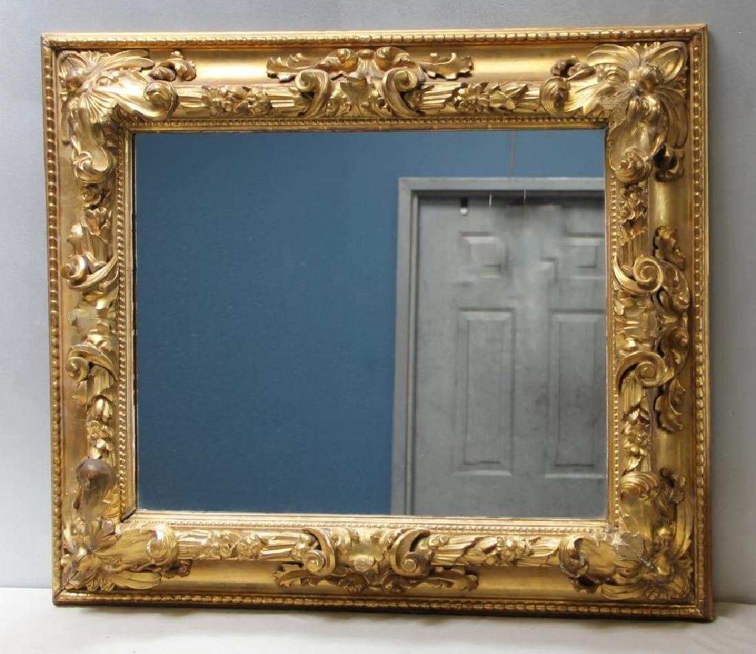 Beautiful Carved and Giltwood 19 Century Mirror.