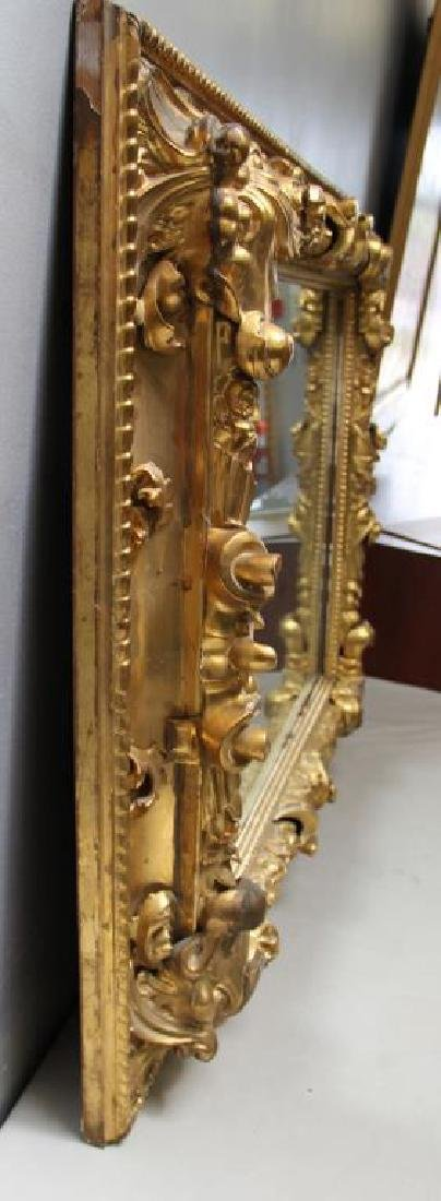 Beautiful Carved and Giltwood 19 Century Mirror. - 2