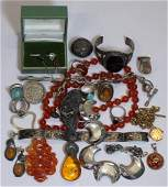 JEWELRY Assorted Lot of Gold and Silver Jewelry