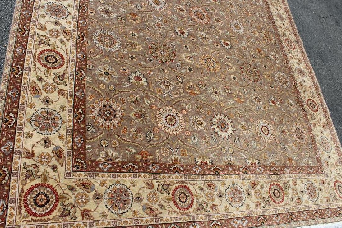 Vintage and Finely Woven Handmade Carpet. - 2