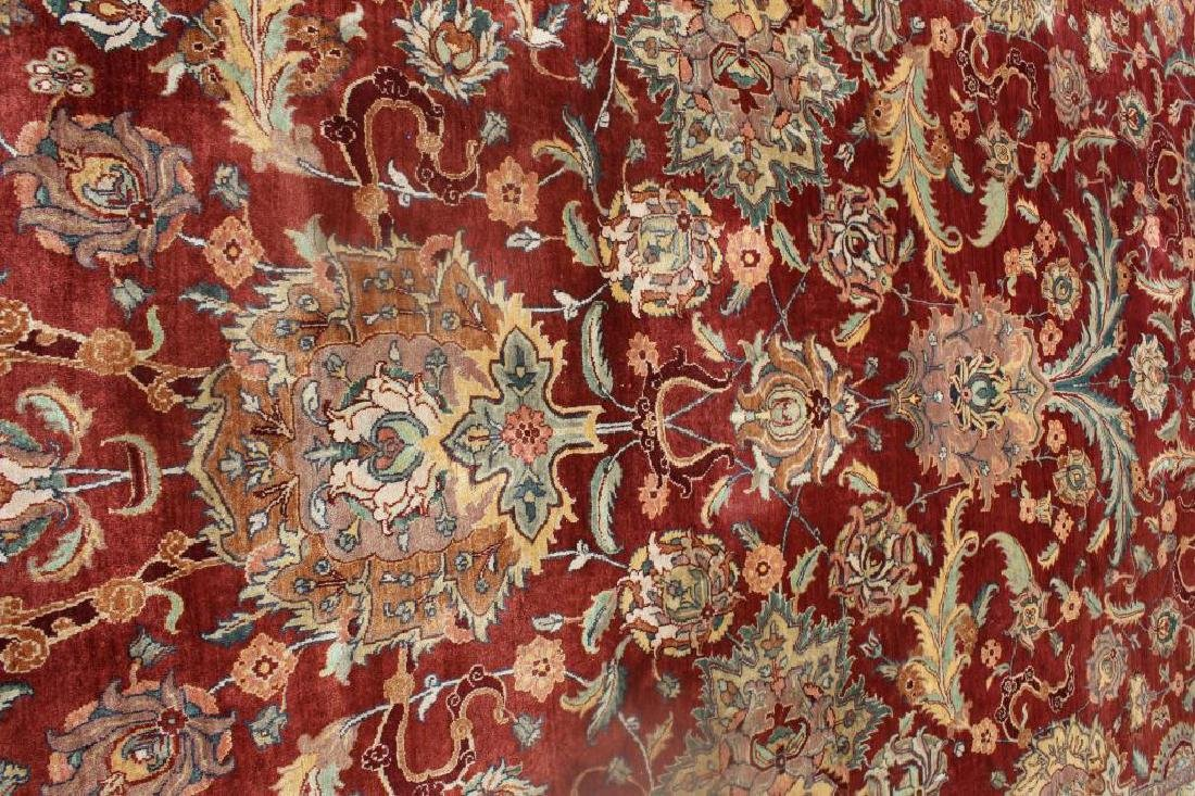 Large Antique and Finely Woven Handmade Carpet. - 4
