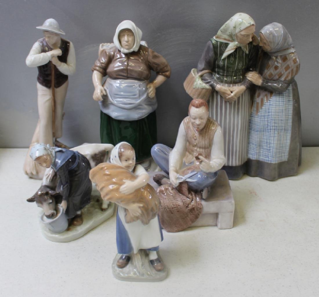 ROYAL COPENHAGEN. Lot of 22 Porcelain Figurines. - 10