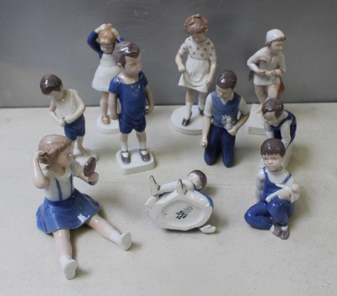 ROYAL COPENHAGEN. Lot of 22 Porcelain Figurines. - 5