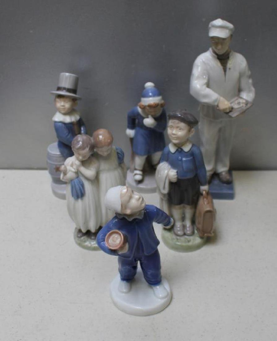 ROYAL COPENHAGEN. Lot of 22 Porcelain Figurines. - 6