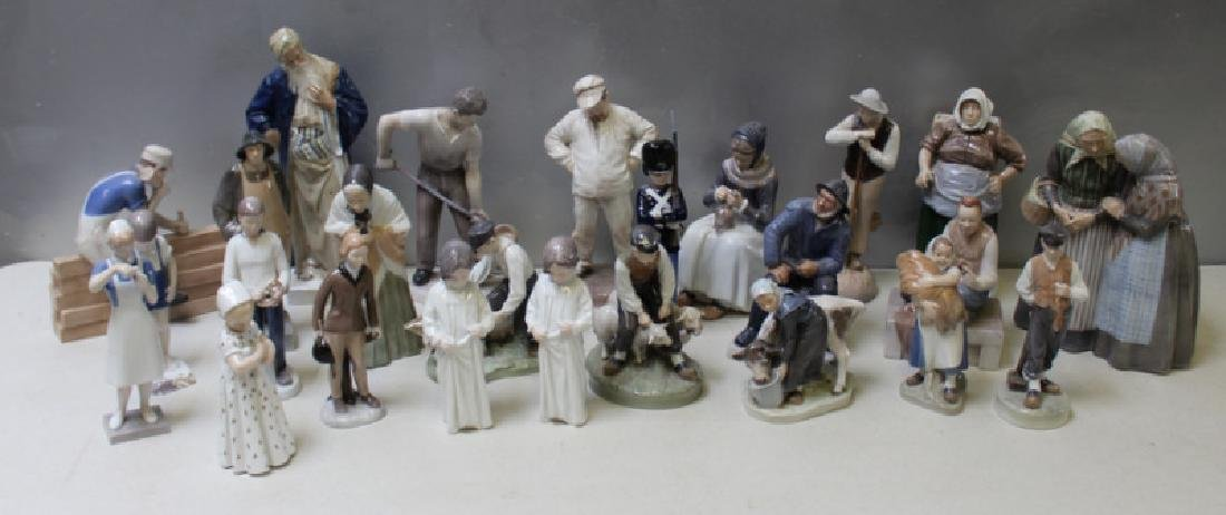 ROYAL COPENHAGEN. Lot of 10 Porcelain Figurines. - 2