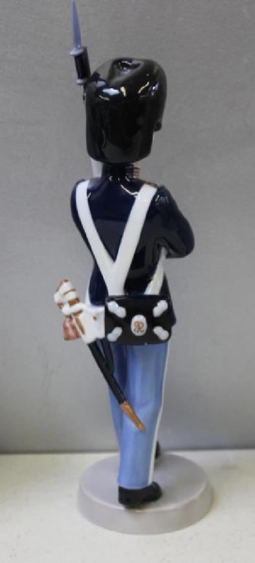 ROYAL COPENHAGEN. Lot of 10 Porcelain Figurines. - 6