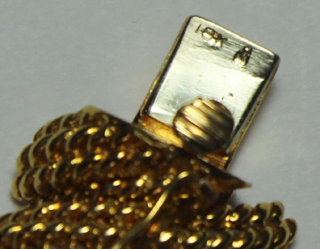 JEWELRY. Signed 18kt Gold and Diamond Bracelet. - 7