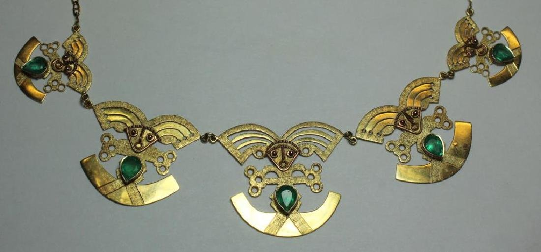 JEWELRY. 18kt Gold and Emerald Necklace. - 2