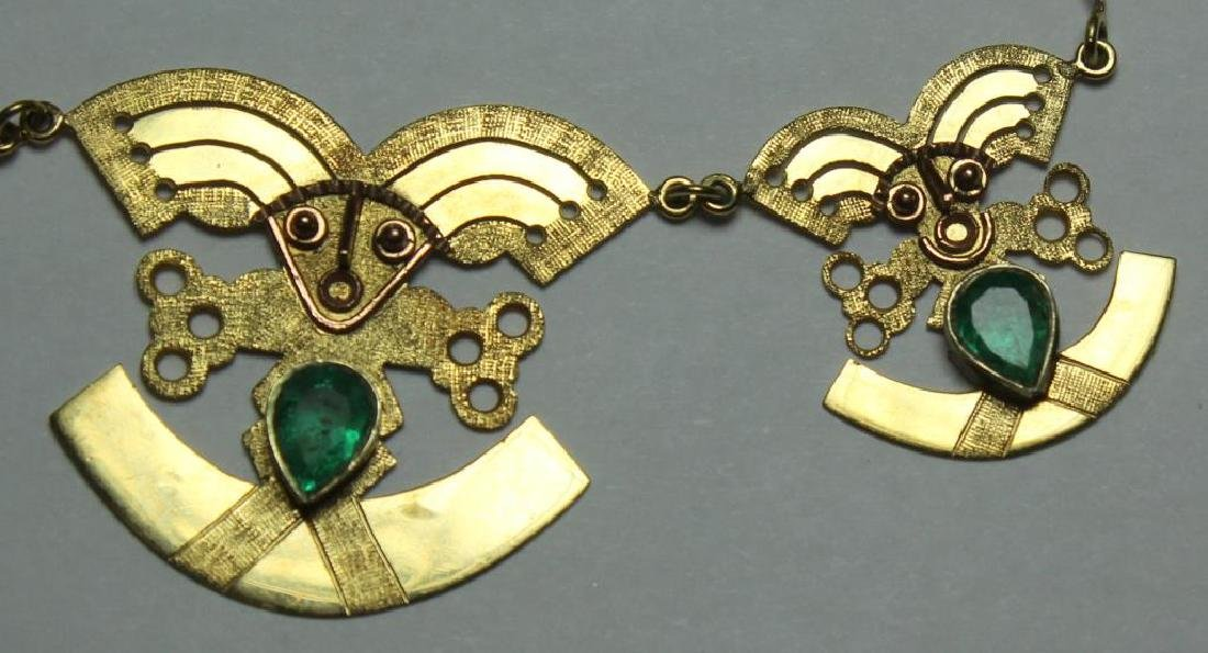 JEWELRY. 18kt Gold and Emerald Necklace. - 4