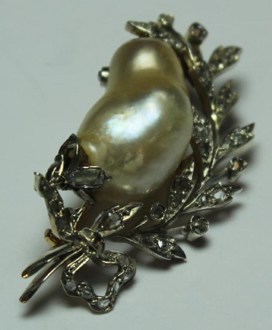 JEWELRY. Antique Baroque Pearl and Diamond Brooch. - 4