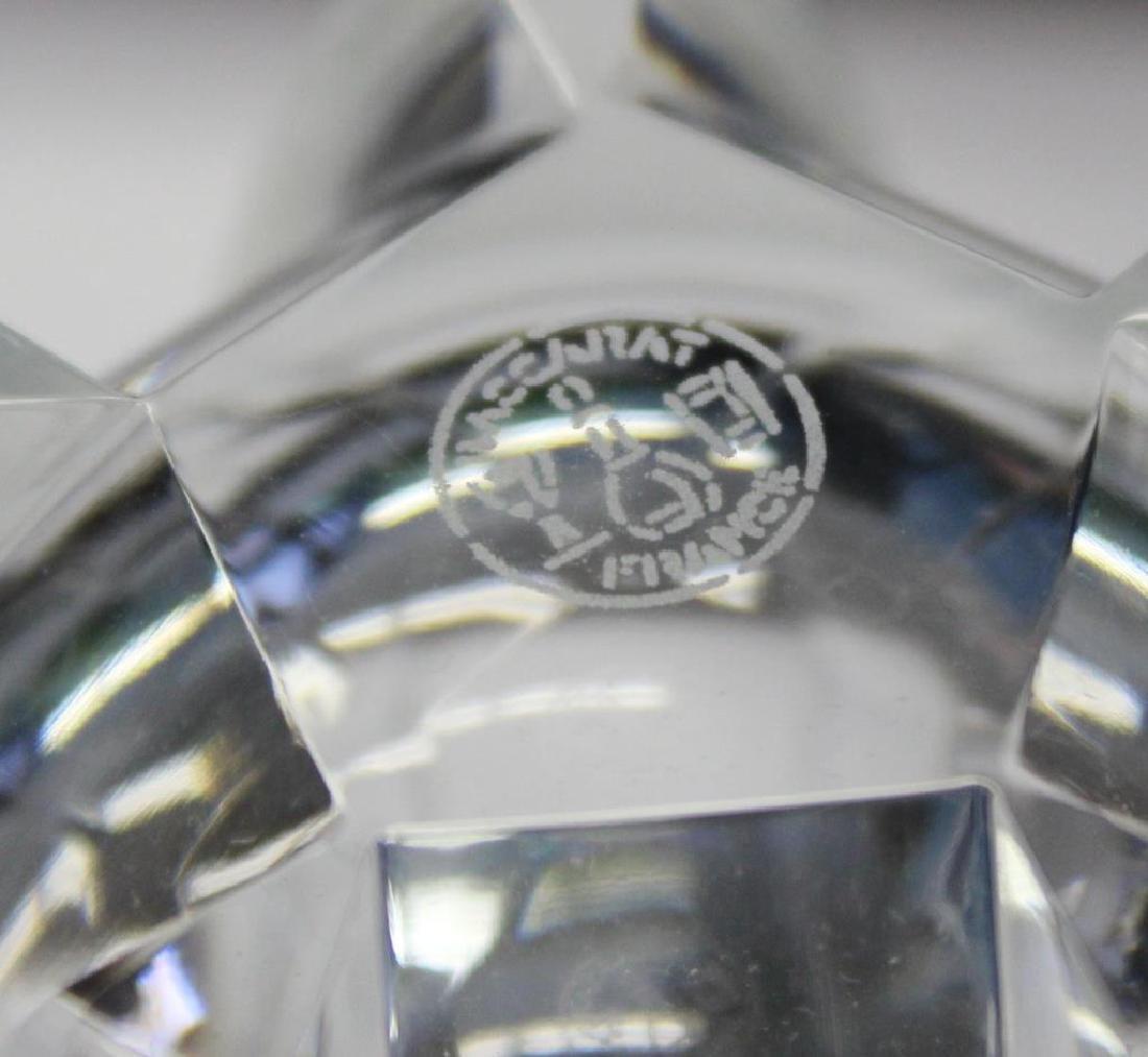 BACCARAT. Set Of 8 Cut Glass Tumblers . - 4