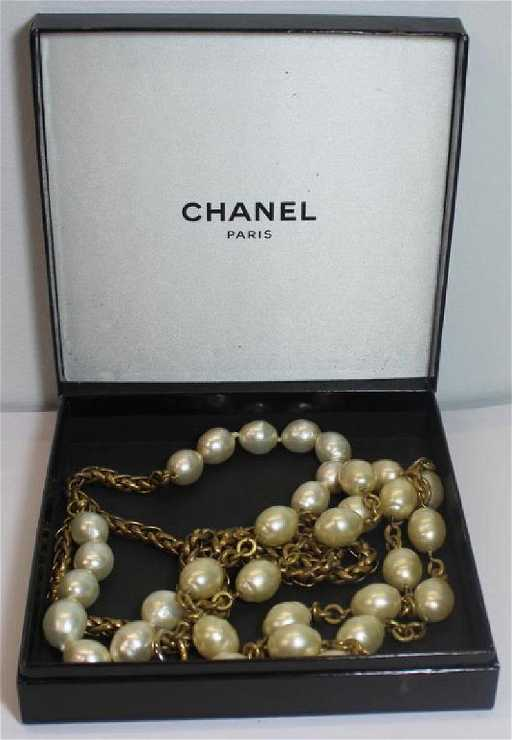 c7232006227e85 Vintage Chanel Jewelry Suite. placeholder. See Sold Price