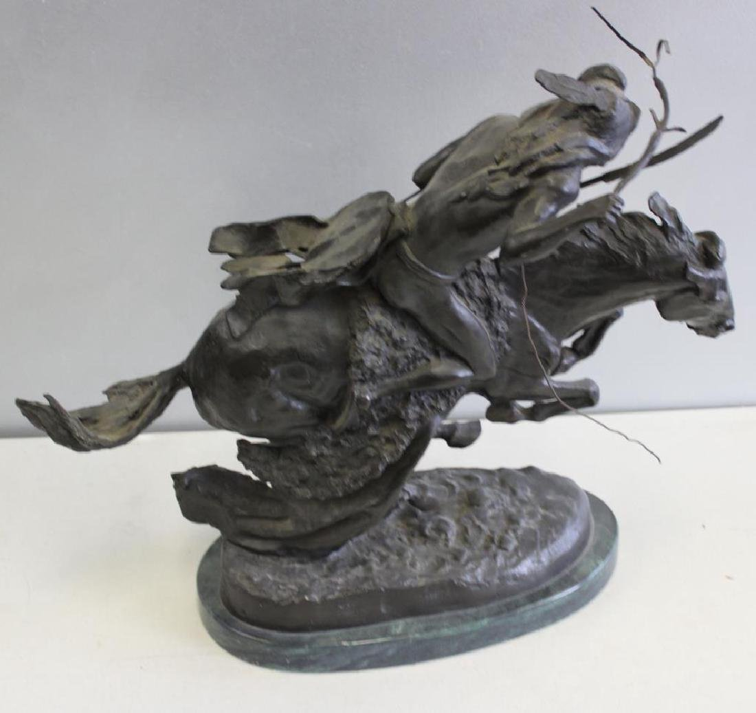 REMINGTON, Frederic. Bronze Mounted on Marble. - 3