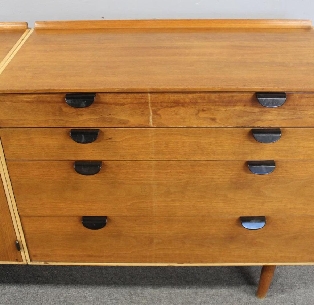 BAKER. Signed Midcentury Chests on Stand. - 5