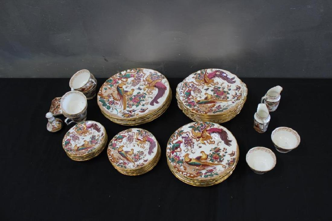 A Set of Royal Crown Derby Olde Avesbury China