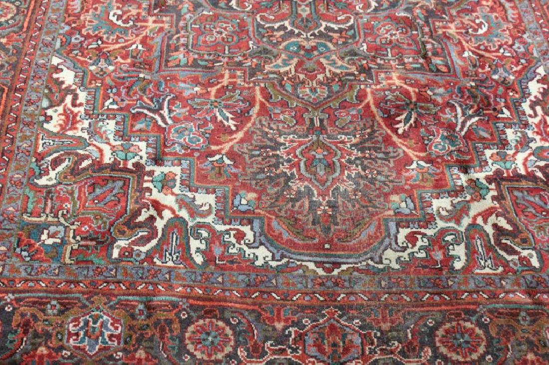 Antique and Finely Hand Woven Roomsize Heriz - 2