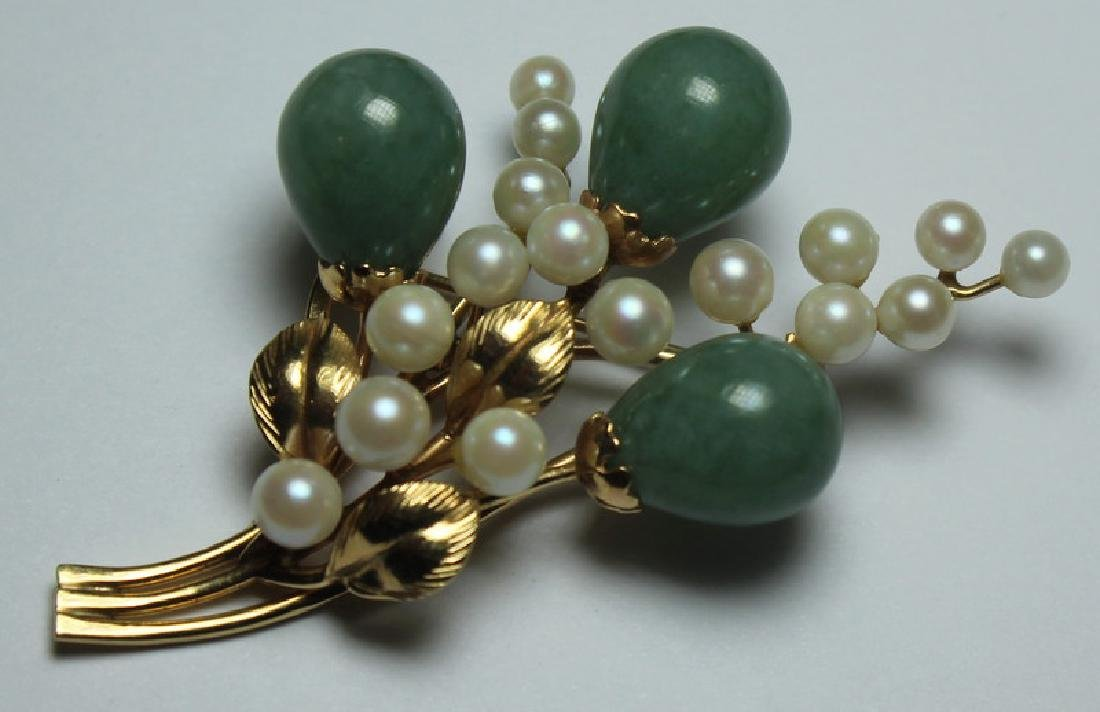 JEWELRY. Assorted Jade and Gold Jewelry Grouping. - 2