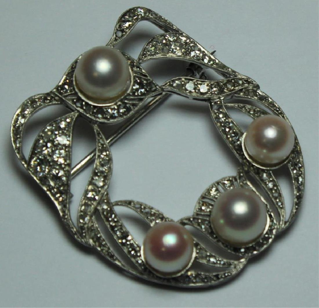 JEWELRY. French Platinum, Diamond and Pearl Brooch - 2