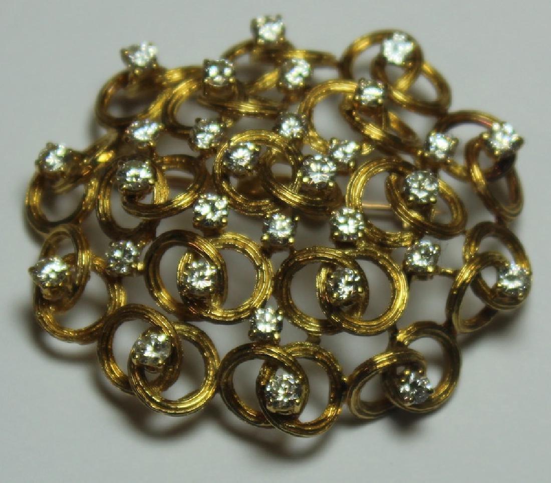 JEWELRY. Italian 18kt Gold and Diamond Brooch. - 2