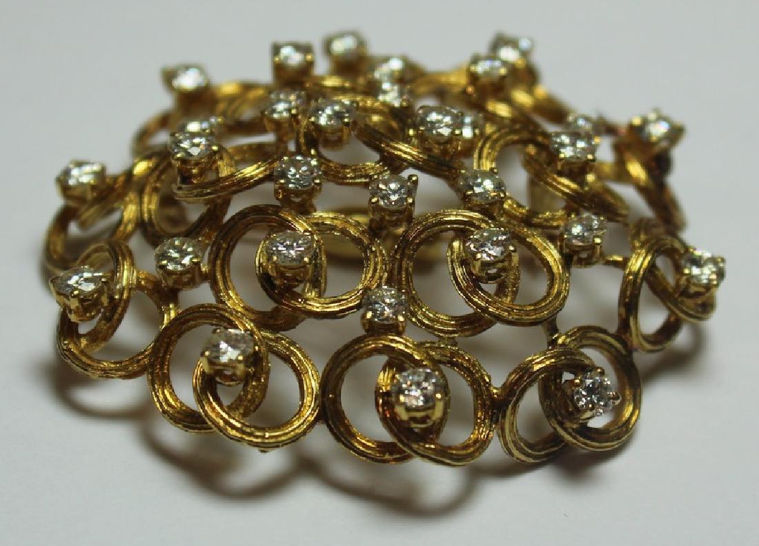 JEWELRY. Italian 18kt Gold and Diamond Brooch. - 3