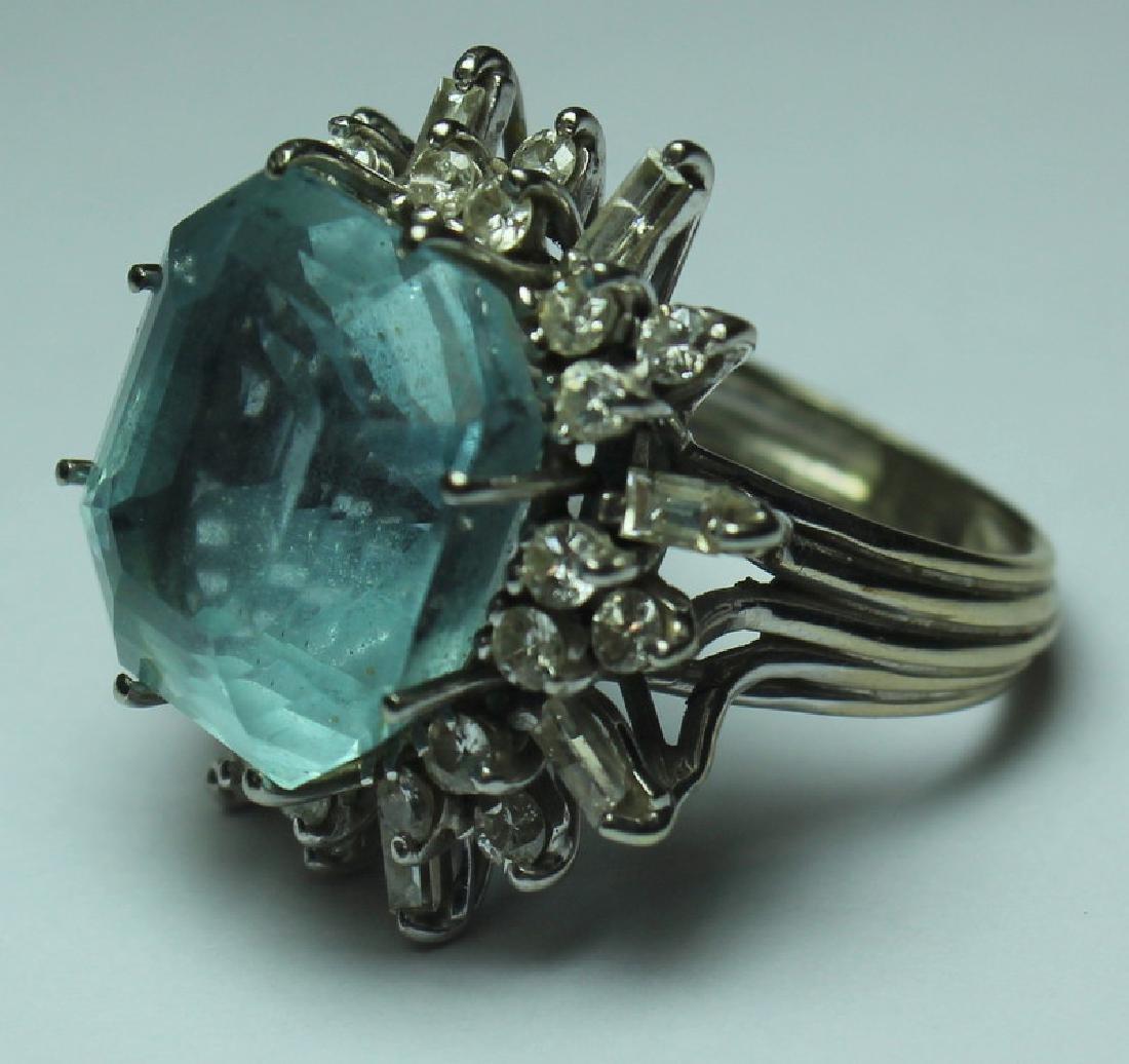 JEWELRY. 18kt Gold, Aquamarine, and Diamond Ring. - 3