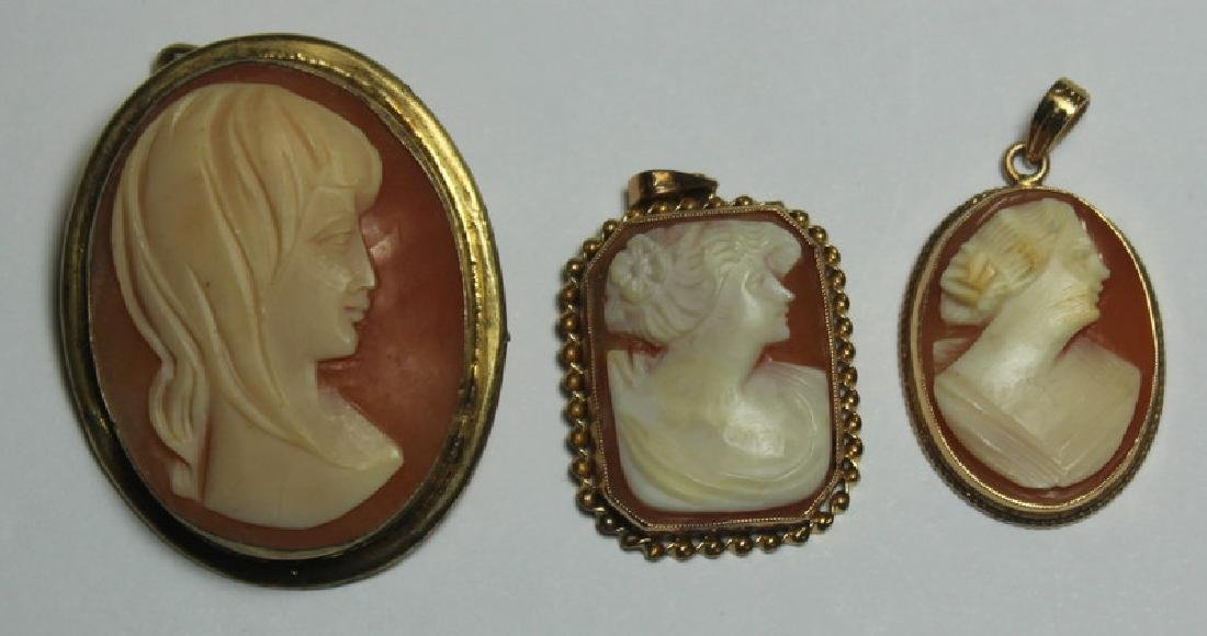 JEWELRY. Assorted Grouping of Cameo Jewelry. - 4