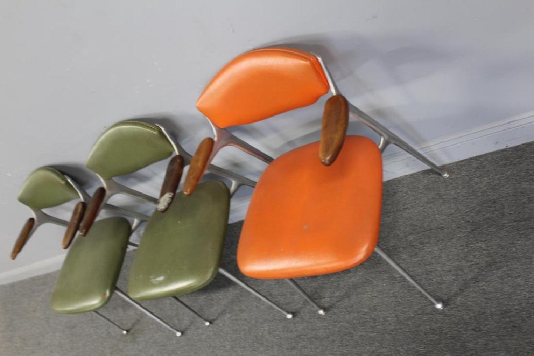 MIDCENTURY. 3 Chairs in Period Upholstery - 2