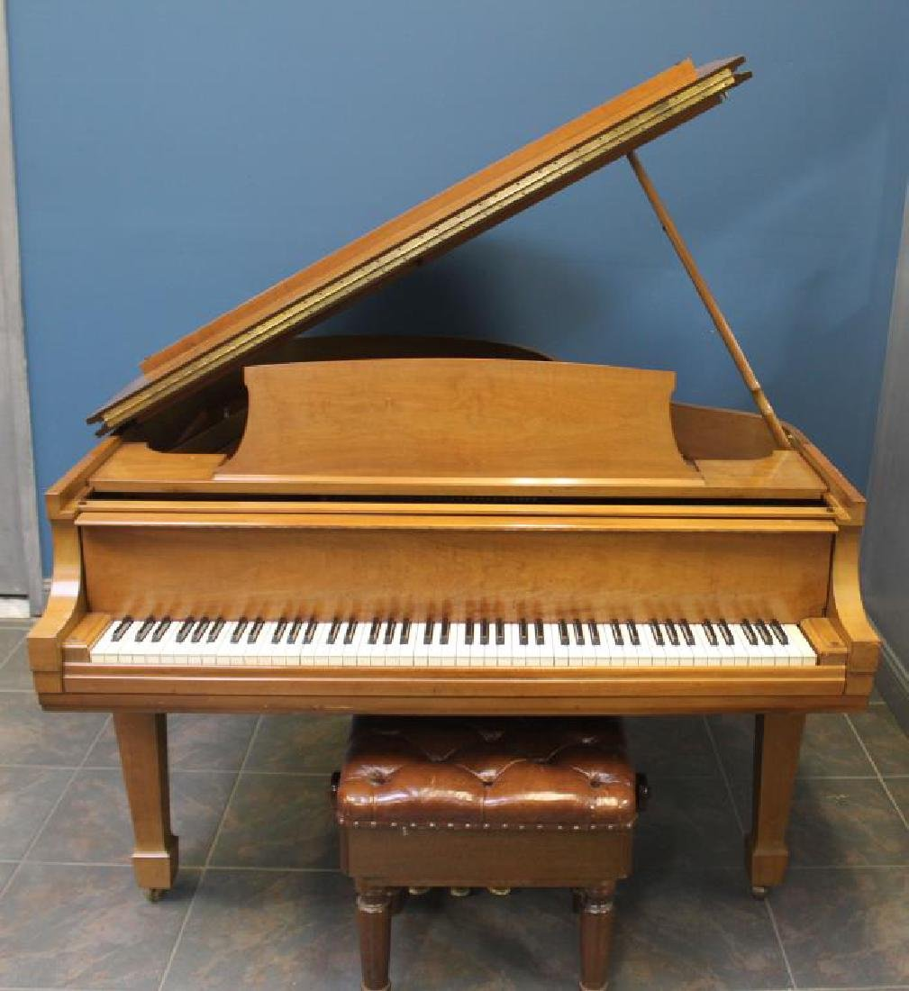 STEINWAY and Sons. Model M, Serial  # 376222.