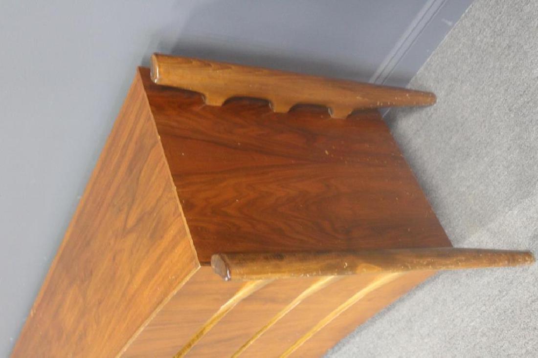 MIDCENTURY. EDMUND SPENCE Curved Double Dresser. - 3