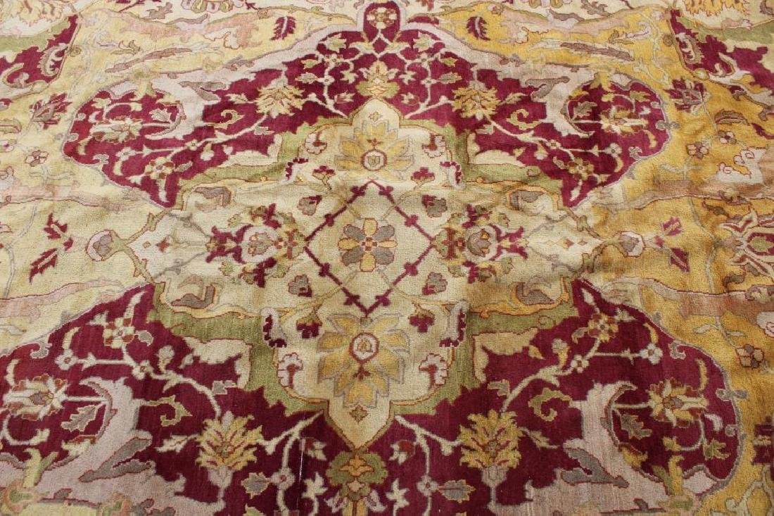 Vintage and Finely Handwoven Roomsize Carpet. - 2